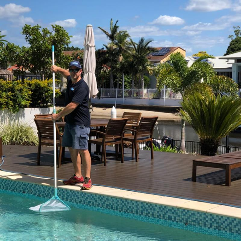 Pool cleaning and pool maintenance Gold Coast