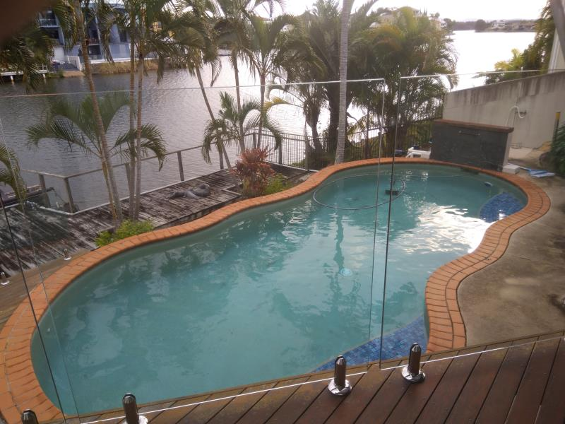 pool services Clear Island Waters