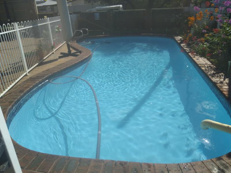 pool services Southport