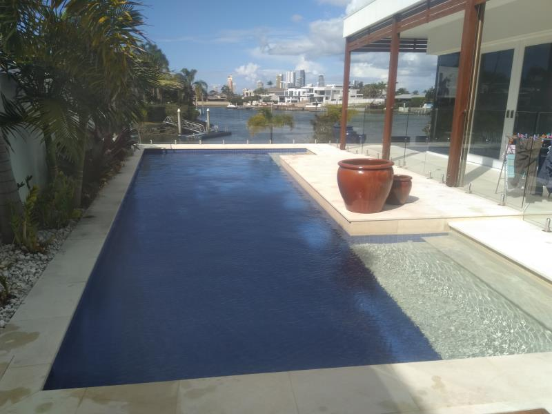 pool services Broadbeach Waters