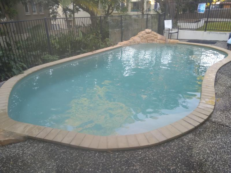pool services Biggera Waters