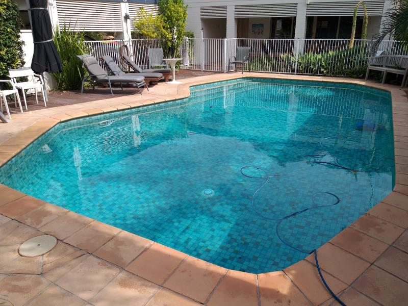pool services Broadbeach