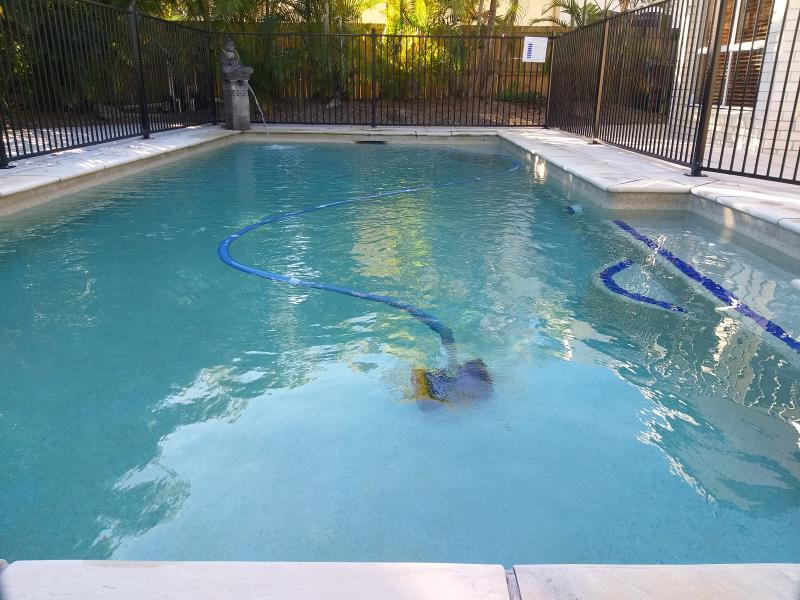 pool cleaner Clear Island Waters