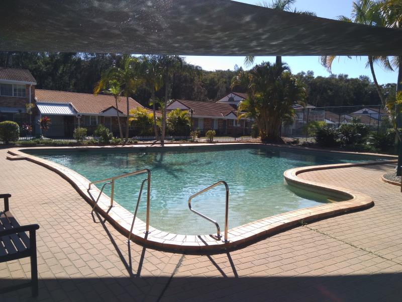 pool services Coombabah