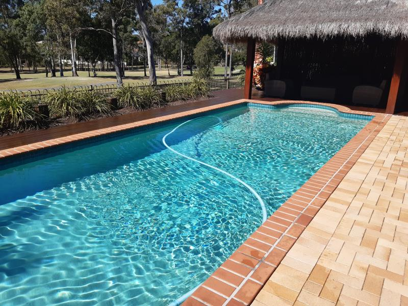 pool services Parkwood