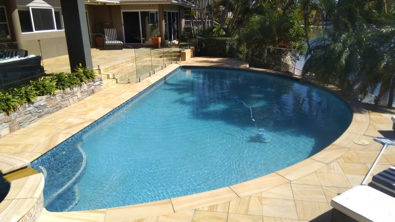 pool services Bundall