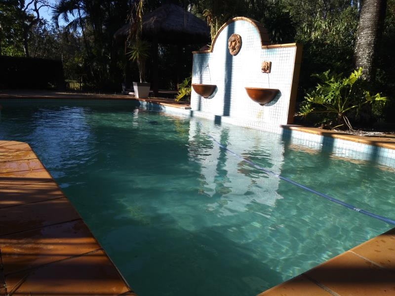 pool services Helensvale