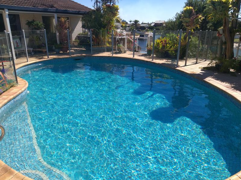 pool cleaner Benowa