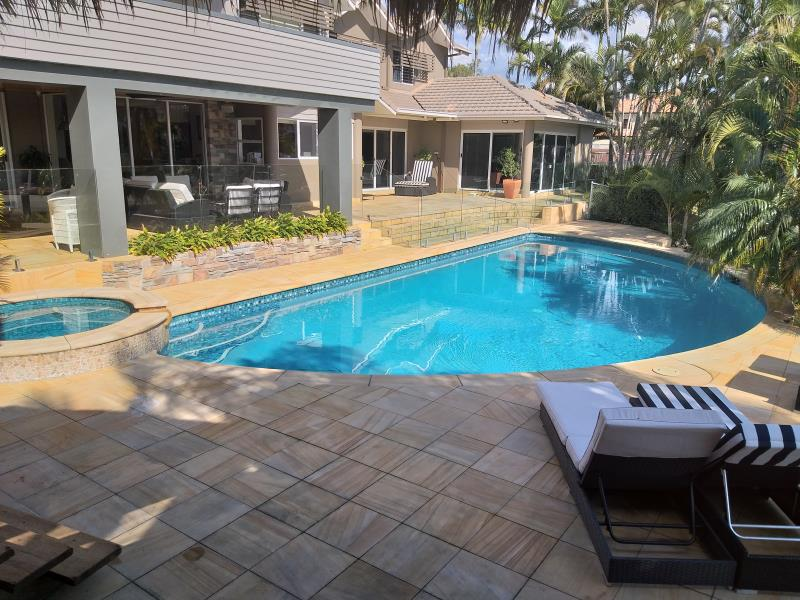 pool services Sorrento