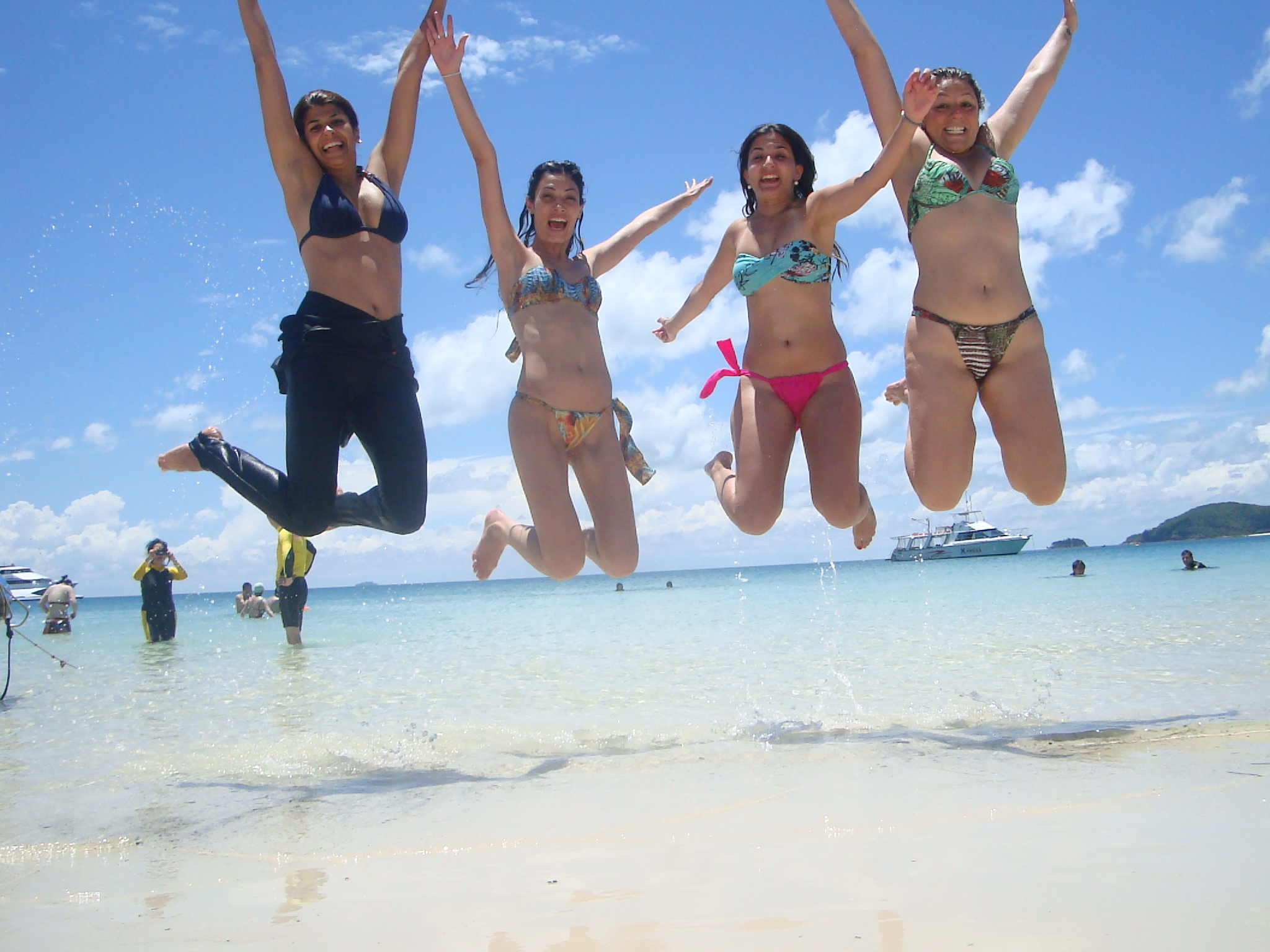 How to get to Whitehaven Beach   Airlie Beach to Whitehaven Beach.
