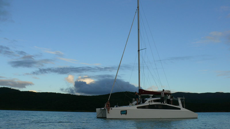 Dot.Com in Hill Inlet