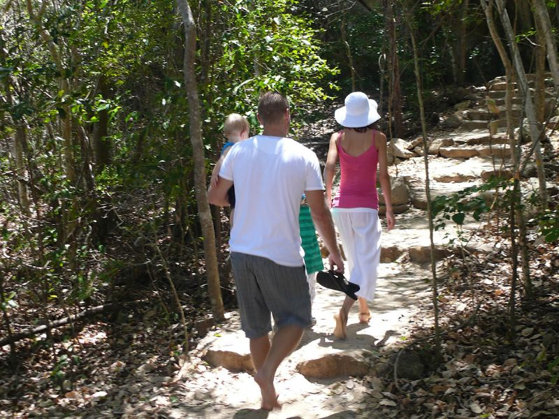 Bushwalk at Whitehaven Beach