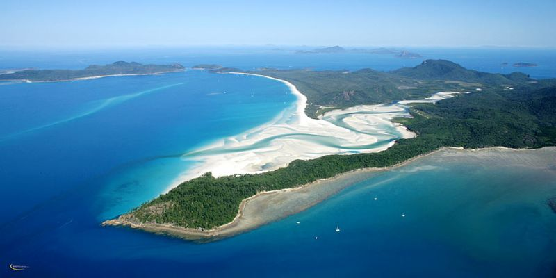 Tongue Point and view to Whitehaven Beach
